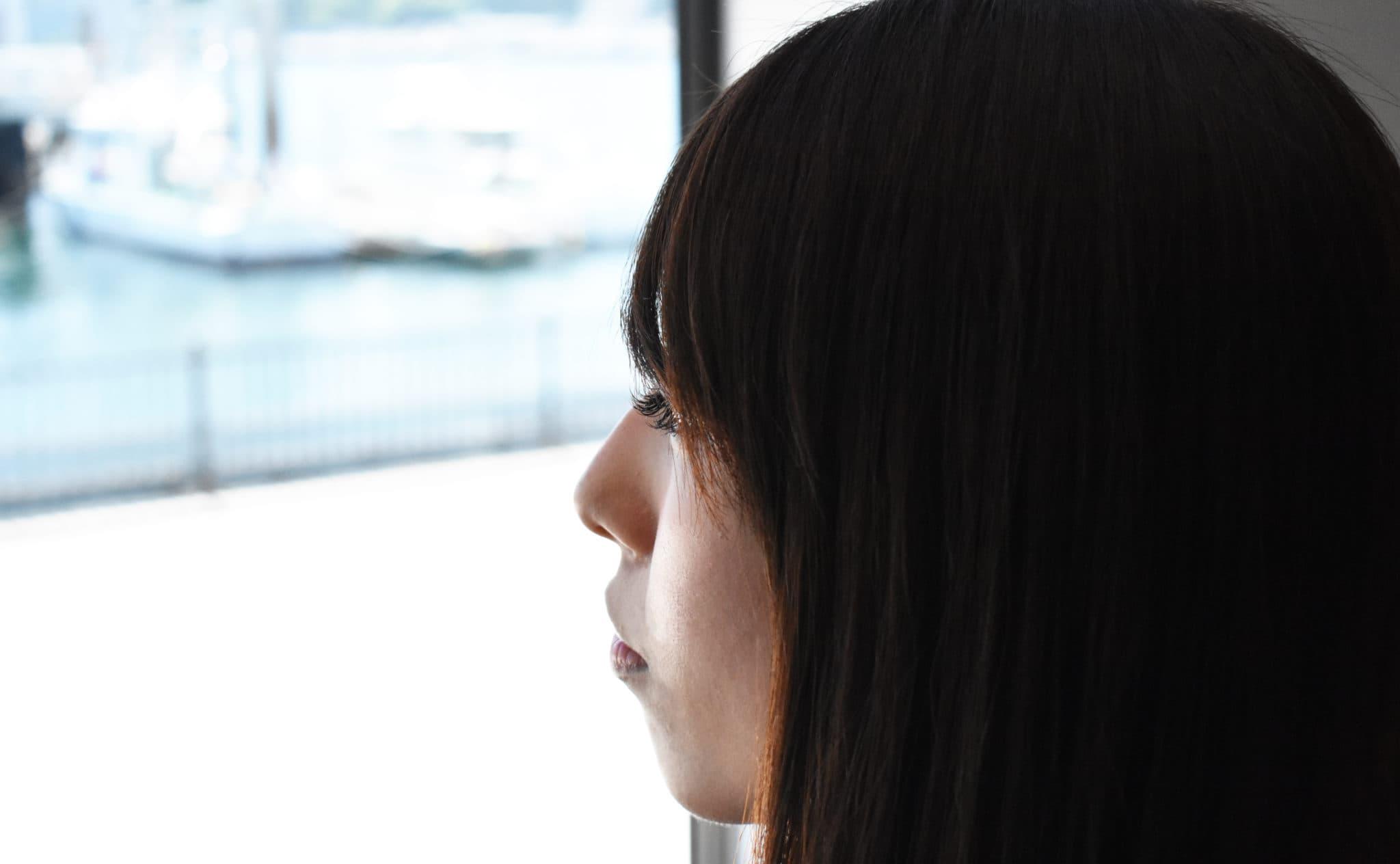 カフェ、窓